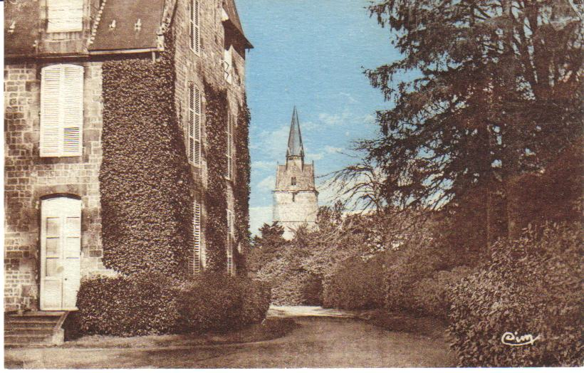 Le chateau et le clocher