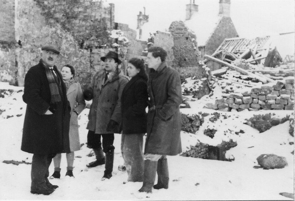 ruines, hiver 1944